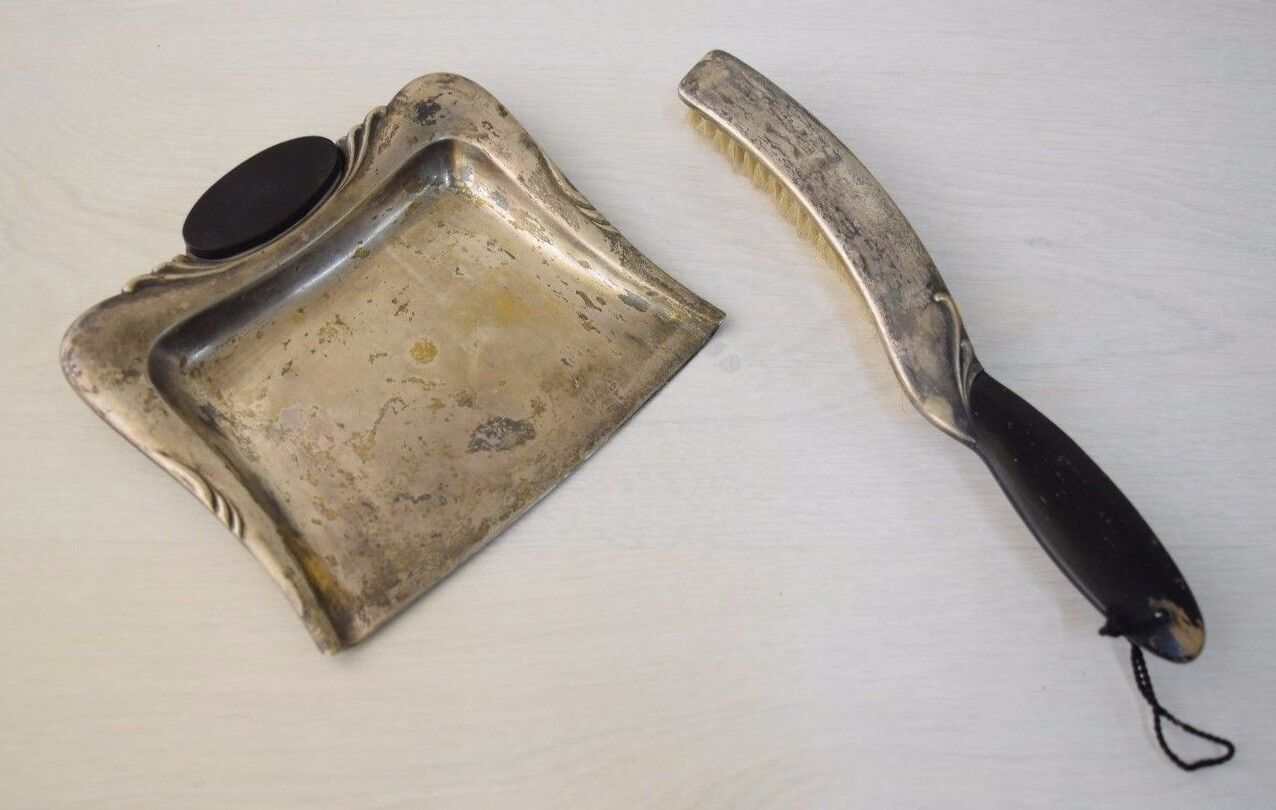Antique Metal Luxurious Household Set Cleaning Shovel And Brush Bird Marked
