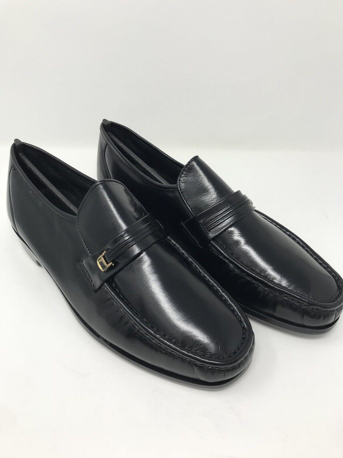migliore marca Florsheim Uomo Riva Slip On On On scarpe nero 10 D 17088-01 New in Box  rivenditori online