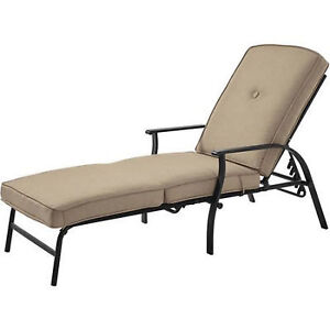 outdoor chaise lounge chair with cushion sunbathing