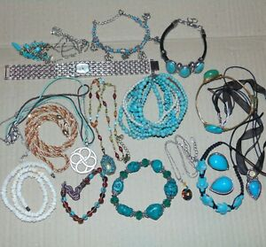 Vintage-to-now-costume-jewelry-lot-16-items-turquoise-color-Suzanne-Somers-CC
