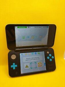 Console Nintendo New 2DS XL Noir et Bleu avec chargeur officiel