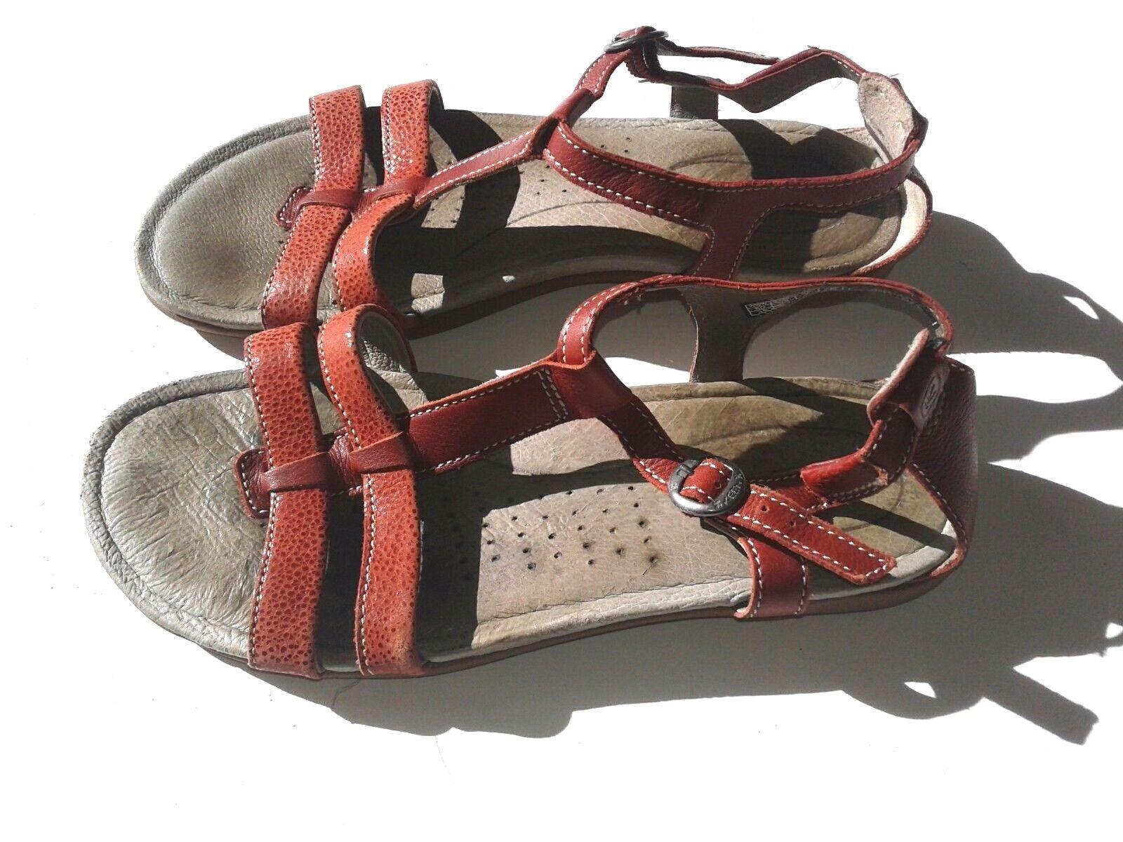 KEEN Red Women Sandals Size 8.5  39 EU