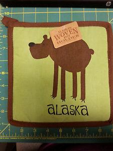 Alaska-Theme-Decorative-Hot-Pad-Cute-Leggy-Bear-UNIQUE-souvenir-pot-holder