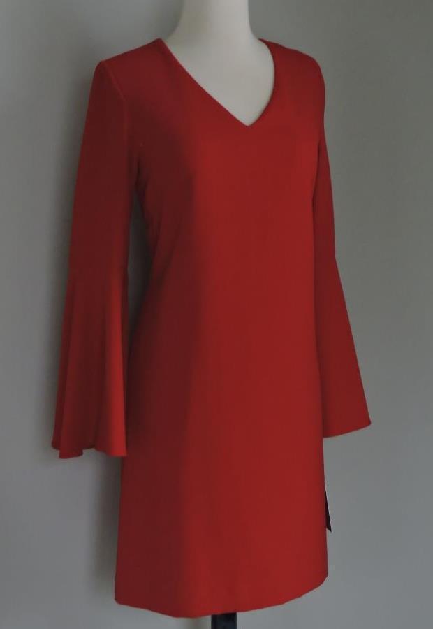 NWT TAHARI Vermillion rot Bell Sleeve Crepe Shift Dress 6 ( Small )