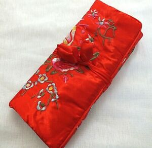 CHINESE-SILK-RED-EMBROIDERED-JEWELLERY-ROLL-MAKE-UP-COSMETIC-BAG-CASE-JAPANESE
