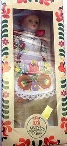 Bambola-in-Porcellana-Ungherese-Tradizionale-20cm-Vestito-Bianco-Nuova