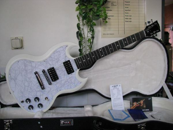 GIBSON SG SPECIAL Weiß LIMITED EDITION