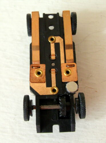 Auto World Level 42 Neo Trac Mags for AW Cars 4 Pair//Exact Fit Also T-dash,T-jet
