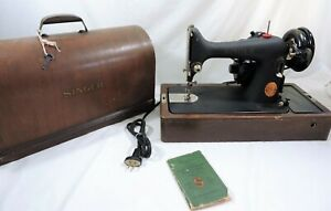 Vtg-1941-Singer-Model-99-24-Sewing-Machine-with-Bentwood-Case-14-7-Motor-WWII
