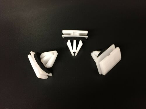 10x Ford GM Chevrolet Fixing Exterior Moulding Holder Body Clips White Plastic