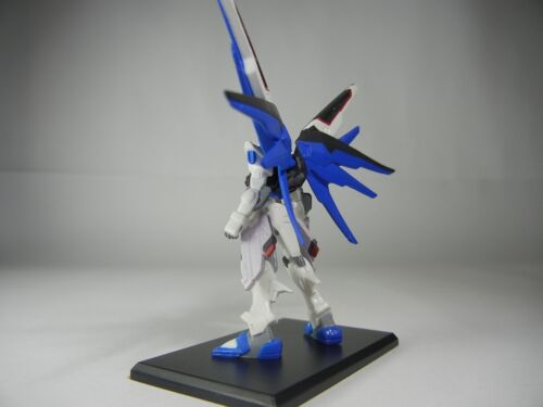 Gundam Collection Vol.5 ZGMF-X10A Freedom First Limited 1//400 Figure BANDAI