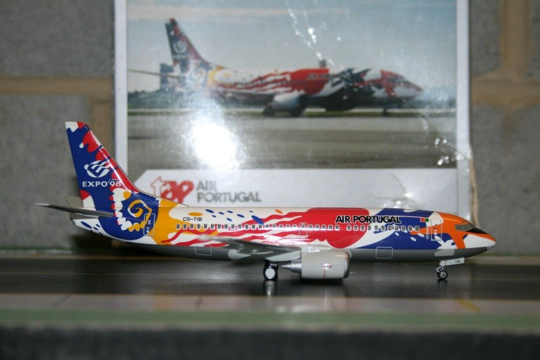 Herpa Wings 1 200 TAP Air Portugal Boeing 737-300 CS-TIB  Expo 98  (550512)