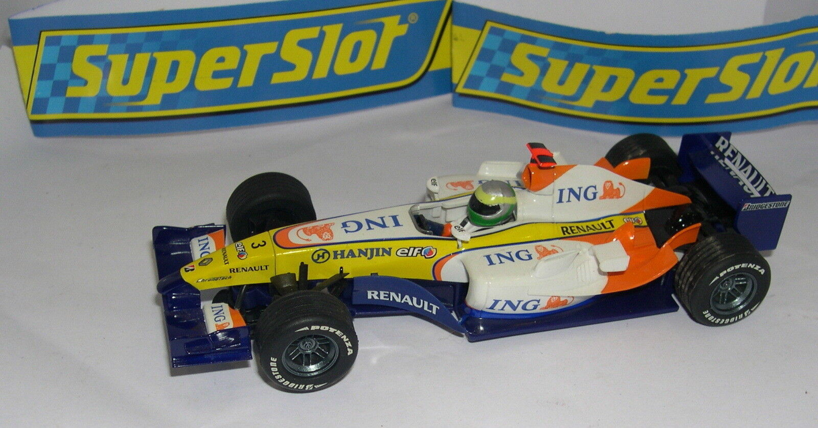 SUPERSLOT SPAIN PLANET F1 RENAULT R27  0.1ozFISICHELLA SCALEXTRIC UK MINT