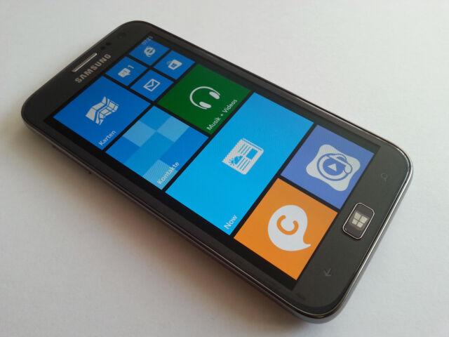 SAMSUNG ATIV S GT-I8750 16GB SILBER TOP+OVP+EXTRAS+RECHNUNG+DHL VERSAND