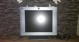 Bildschirm-PC-Monitor-Yakumo-TFT-17-silber