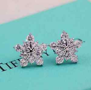 Stunning-925-Sterling-silver-Cute-Snow-Snowflake-Swarovski-Crystal-Stud-Earrings