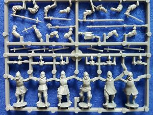 Perry-miniatures-Agincourt-French-Foot-Knights-1415-1429