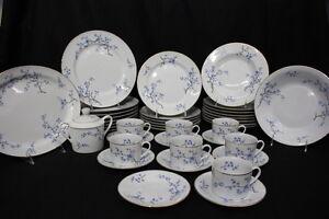 Mint-40pc-Decors-de-France-NOTRE-DAME-DE-PARIS-Blue-Floral-China-Set-for-8-159