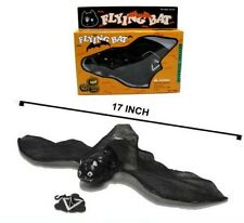 BATTERY OPERATED FLYING BAT toy bats w light up eyes scarry halloween black new