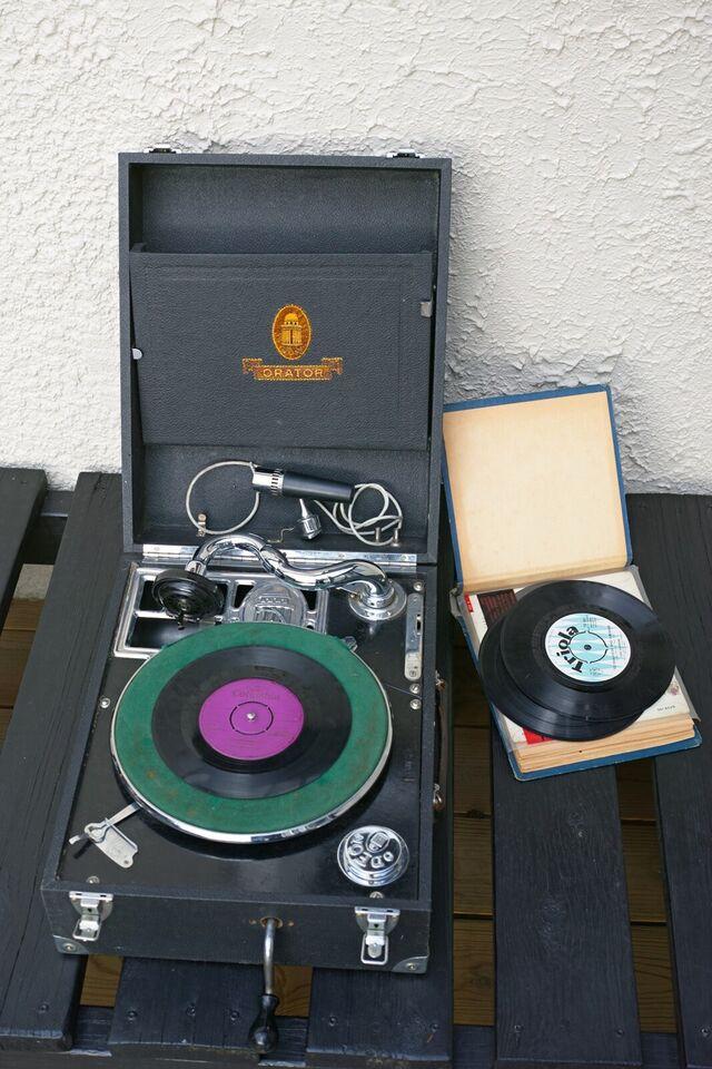 Pladespiller, Andet, Gammel grammofon pladespiller med