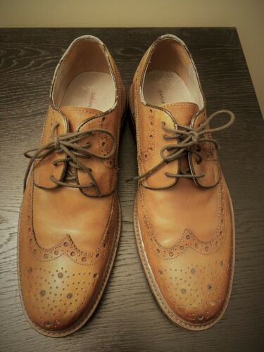 Banana Republic Vincent lug sole leather derby