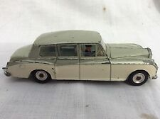 Dinky 198 Rolls Royce Phantom V green over cream