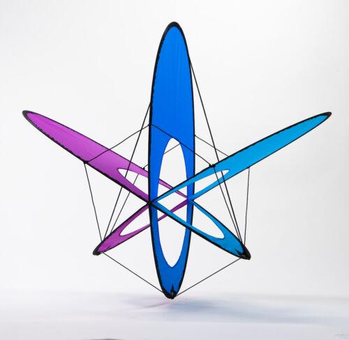 "81777 Kite EO Atom Ice 13/"" x 18/"" Expandable Box Kite String Winder PRISM..15."