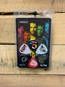 Hot-Picks-Maroon-5-Collectable-6-Guitar-Pick-Pack