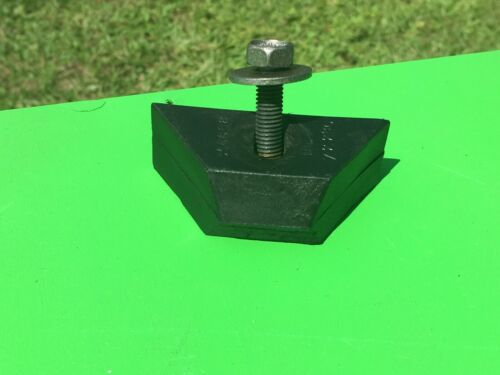 GM OEM Battery Hold Down Wedge Block Chevy Cadillac GMC LOT OF 1 Wedge /& SCREW