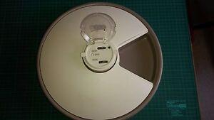 automatischer-Futternapf-mit-6-Einteilungen-Batteriebetrieben