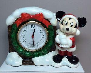 Santa Mickey Mouse Seiko Quartz Christmas Clock 1987