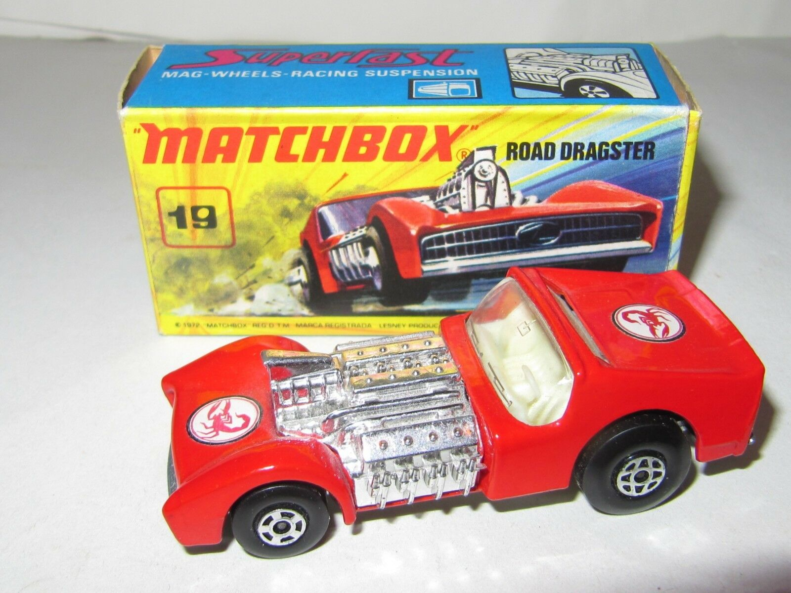 MATCHBOX SUPERFAST No.19 Road Dragster  Scorpion étiquette  En parfait état, dans sa boîte