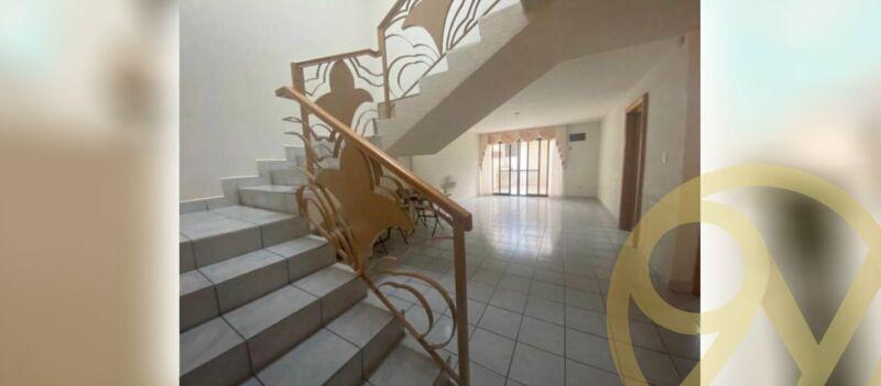 Casa en Venta $5,800,000 col.Vista Hermosa en Zona Cumbres