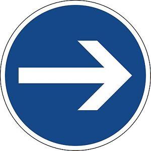 Verkehrszeichen-211-20-Fahrtrichtung-hier-rechts-600-amp-420mm-Durchmesser