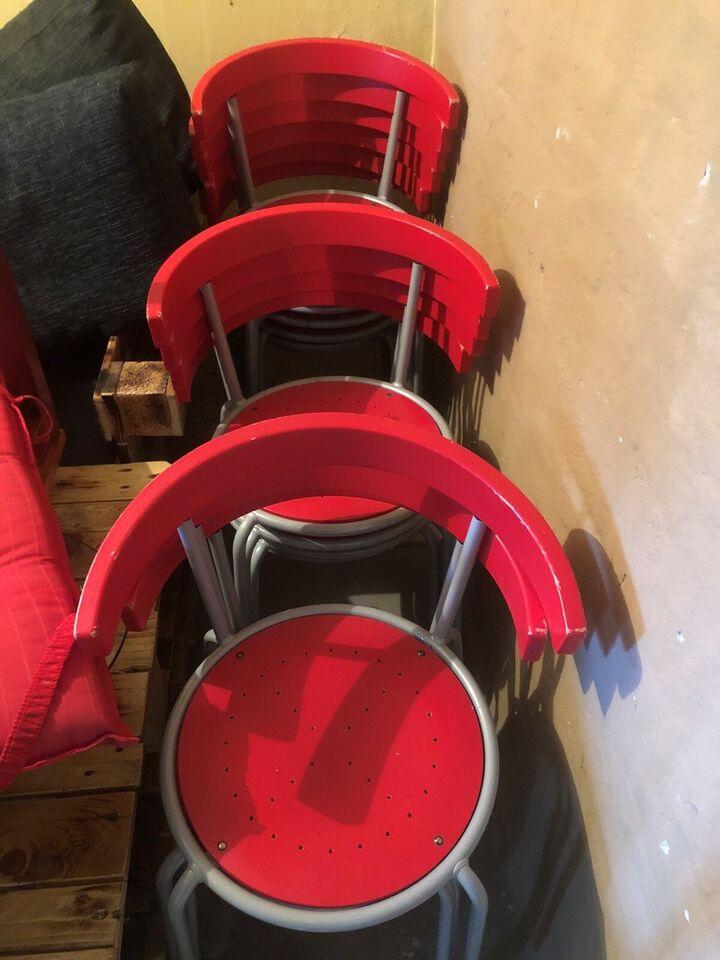 Stol-på-stol, Ukendt