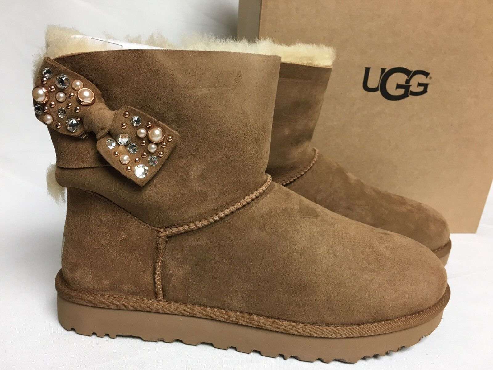 5c6ef86a9d2 UGG Mini Bailey Bow Brilliant Chestnut Bling Suede Sheepskin BOOTS Size 10  US