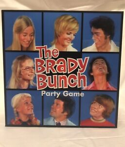 New 2018 Ages 9 The Brady Bunch Party Game 3-8 Players