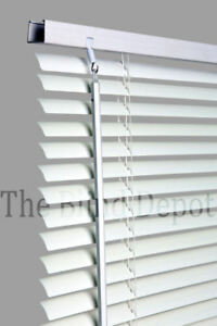 New-WHITE-Pvc-Venetian-Venitian-Blind-Blinds-10-Sizes-In-Stock