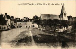 CPA-Courcay-L-039-Eglise-et-la-Place-611909