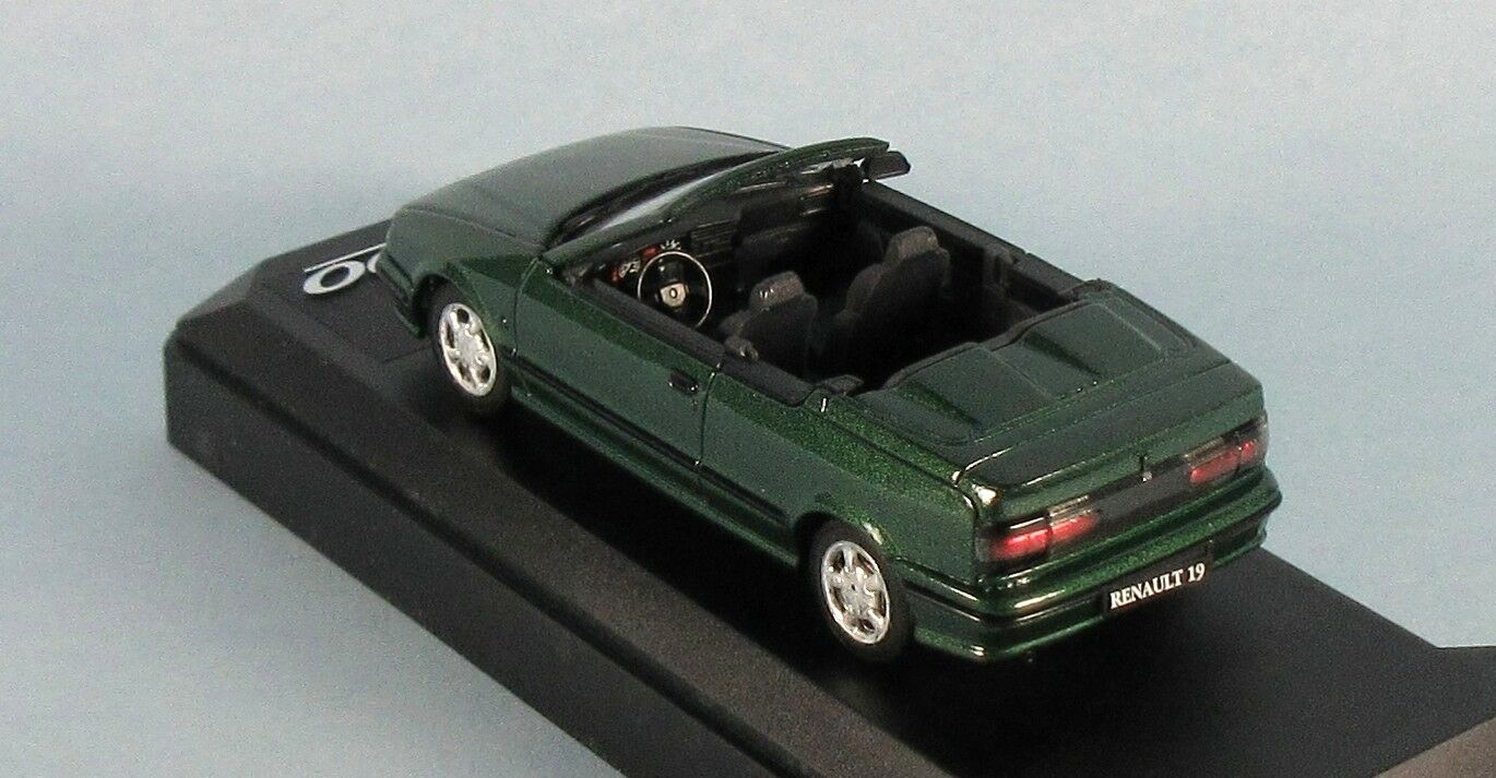 SOLIDO 1991 Renault 19 Cabriolet (Green (Green (Green Met.) 1 43 Scale Diecast Model NEW RARE  93ab61