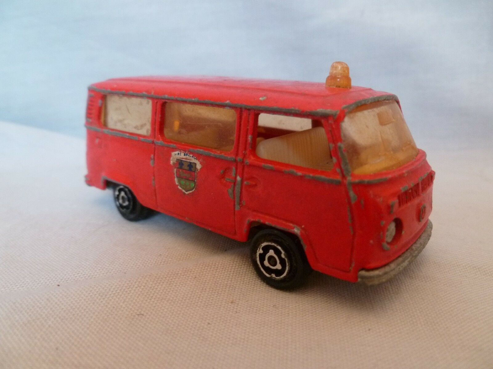 AI698 MAJORETTE FOURGON VW VW VW VOLKSWAGEN POMPIER 1 60 REF 244 MANQUE HAYON ARRIERE eb4579
