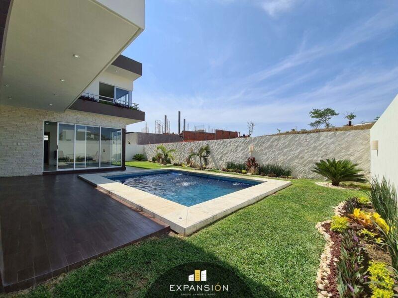 Casa en venta, 4 hab, jardín, alberca, area de juegos. Residencial Punta Tiburón