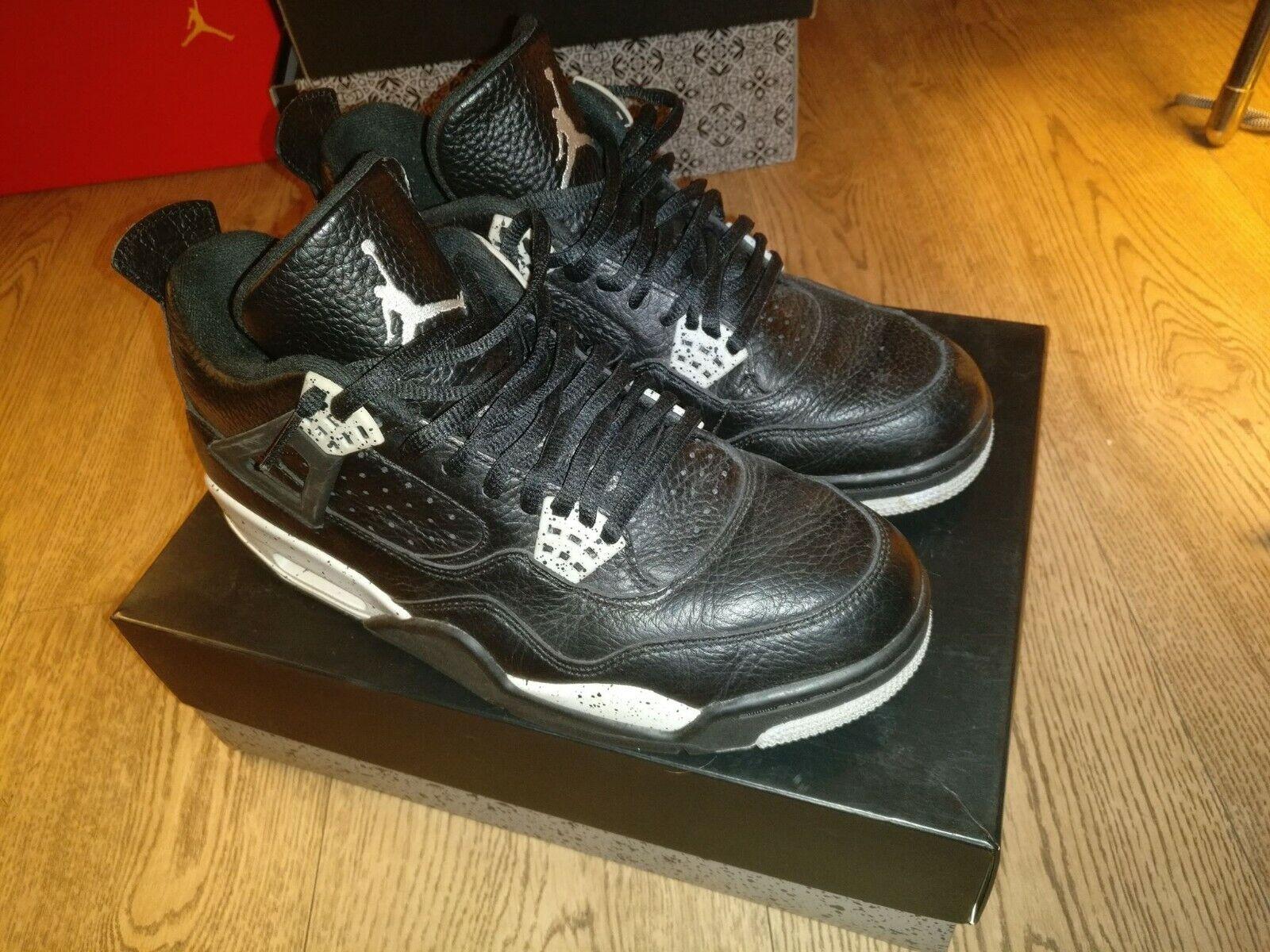 Nike Air Jordan 4 Oreo Black (UK7.5)