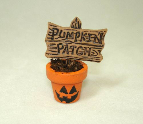 Dollhouse Pumpkin Patch Sign in Halloween Face Flower Pot Halloween Miniatures