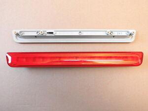 Zusatzbremsleuchte-12-Volt-Caravananhaenger-Wohnmobile-Hella-2DA-008-136-007