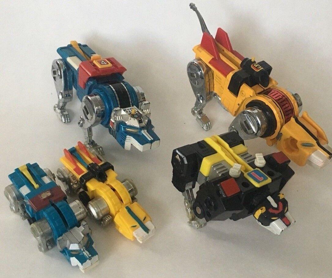Voltron Action Figures Lot- 2 Die-cast and 3 Plastic
