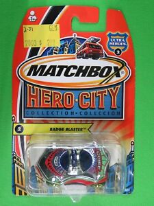 Vintage-Matchbox-2003-Hero-City-Ultra-Heroes-2-Badge-Blaster-Fire-Chief-Car