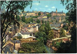 Luxemburgo-TARJETA-POSTAL-Pintoresca-Ayuntamiento-bajo-de-la-Grunge-Alta