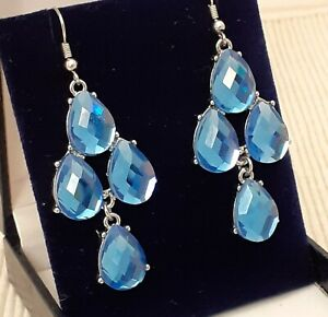 Vintage-Style-Faceted-Blue-Glass-Chandelier-Drop-Dangle-Pierced-Earrings