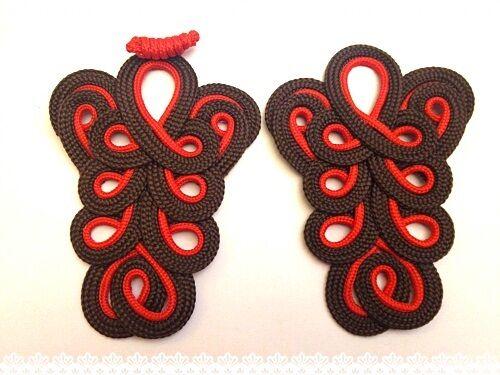 Coppia passamaneria Creare orecchini  Colore  rosso/marrone mis 9cmX12.5cm